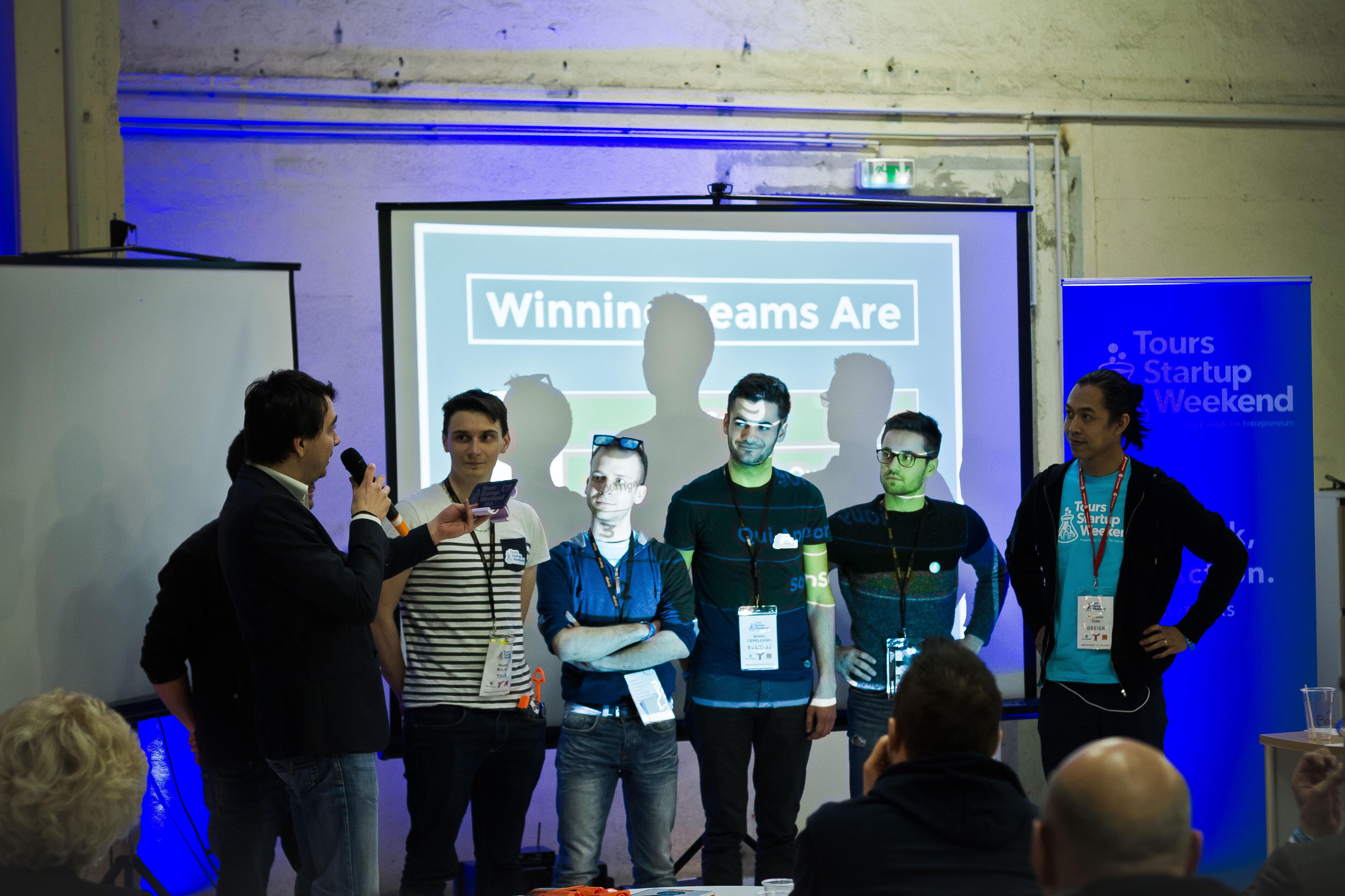 Equipe Sonson lors de l'annonce des gagnants du SWTOURS