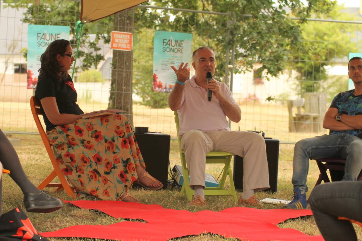débat sur l'éducation au festival Faune Sonore